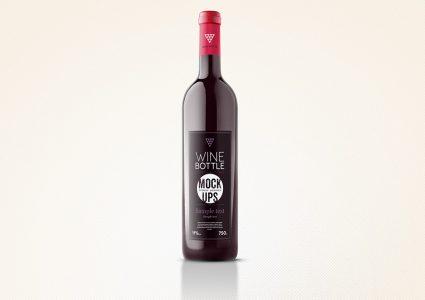Мокап бутылки красного вина
