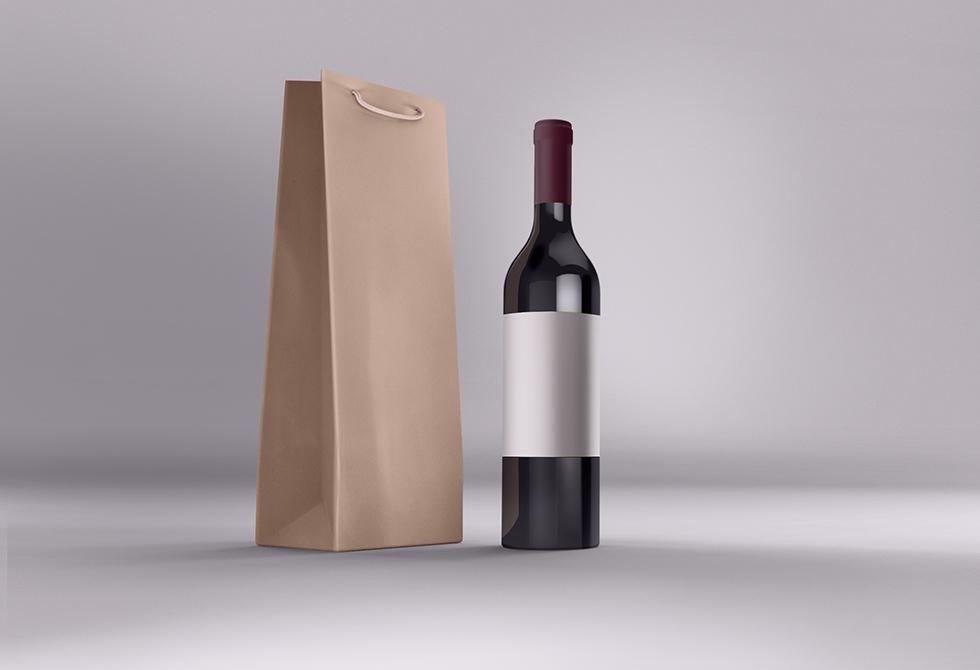 Мокап бутылки вина с упаковкой