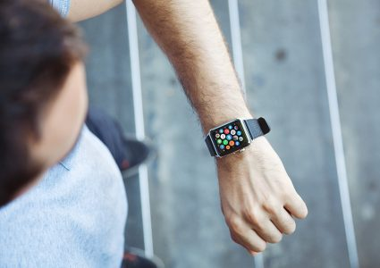 Мокапы часов на руках