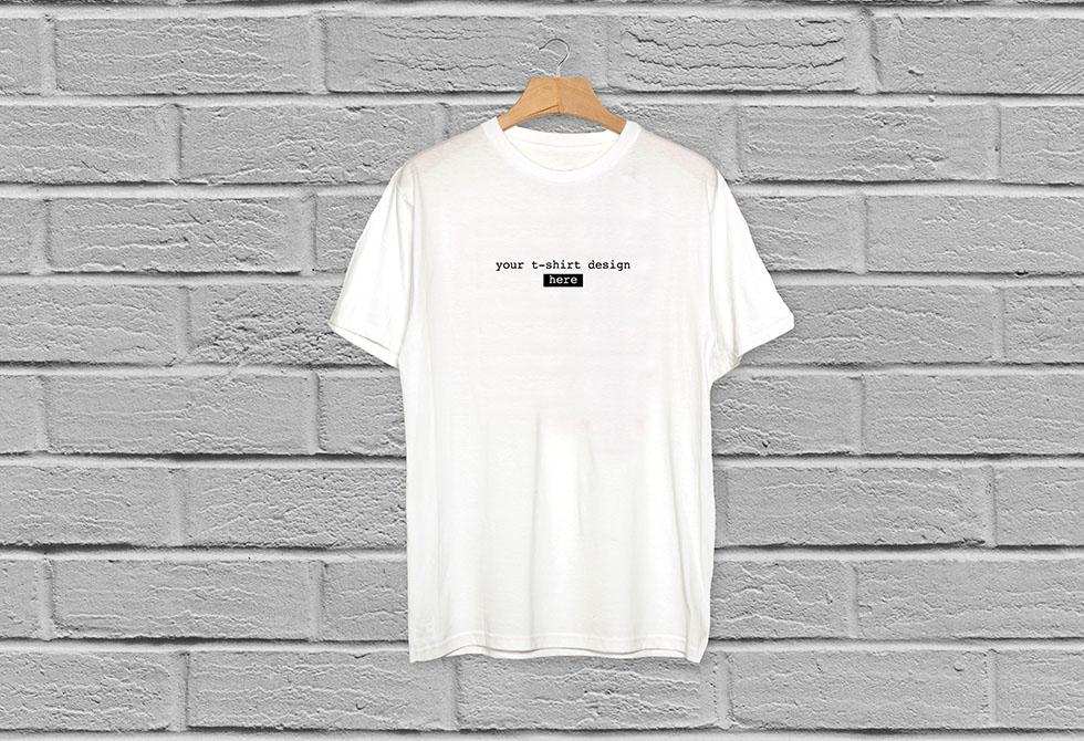 Free Plain White Realistic T-Shirt Mockup