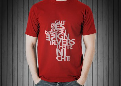 Мокап мужской футболки