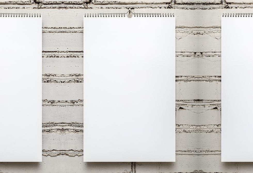 Мокап настенного календаря