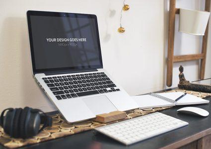 Мокап MacBook